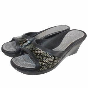 CROCS Black and Grey Gray Gold Wedge Sandal 11